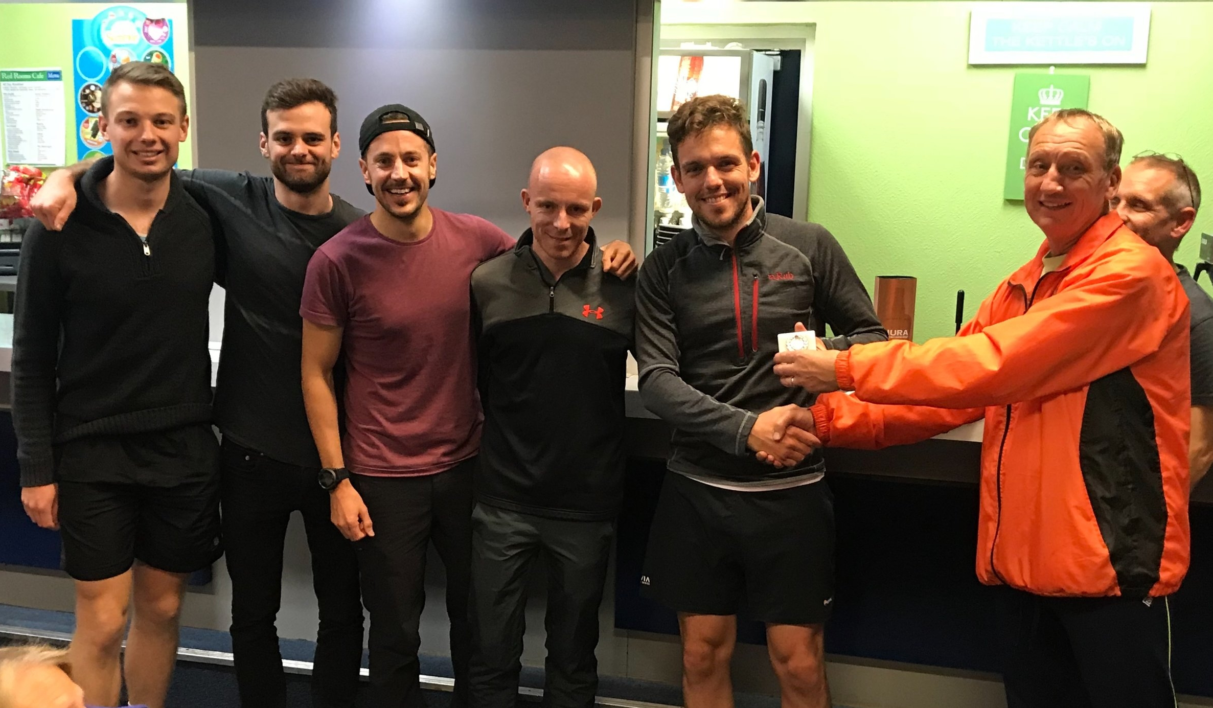 2018 Men's A team collecting 1st prize