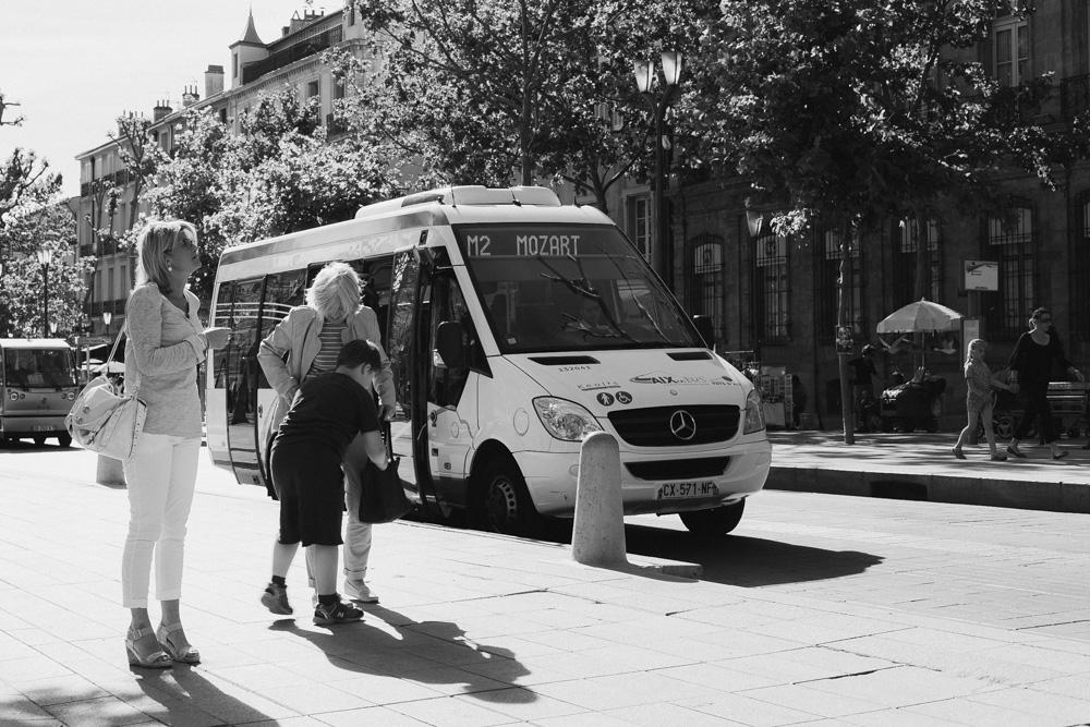 λεωφορείο με προορισμό τον Μότσαρτ