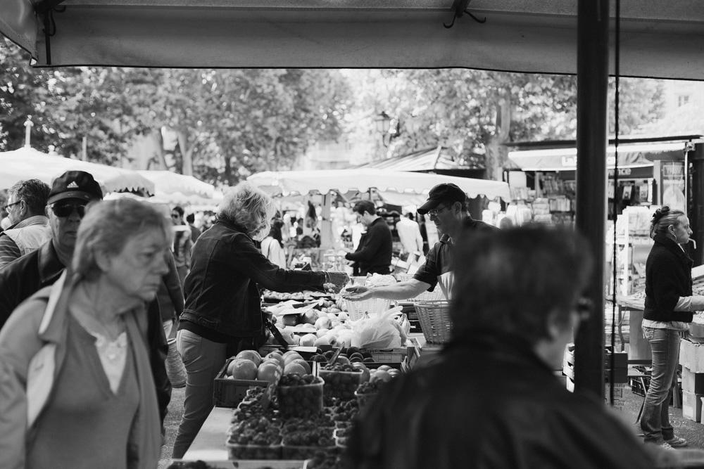 sohoritis kostis photography street aix en provence market 10.jpg