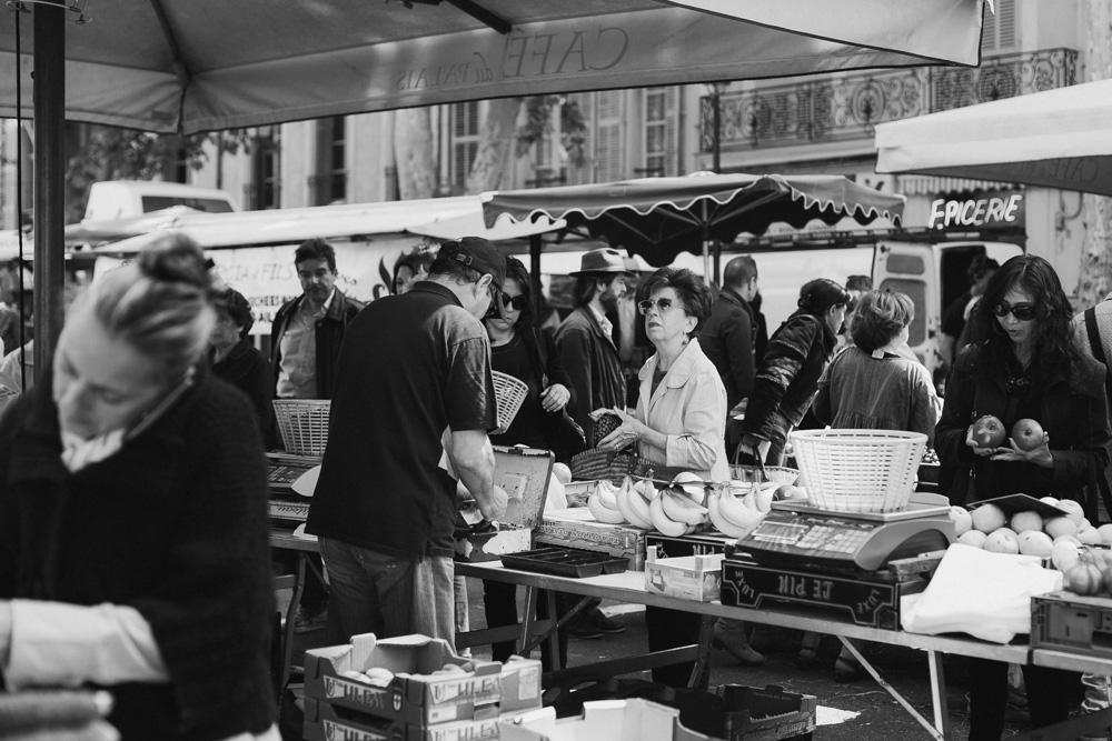 sohoritis kostis photography street aix en provence market 12.jpg