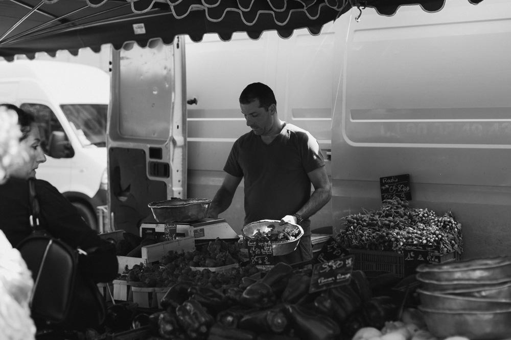 sohoritis kostis photography street aix en provence market 14.jpg