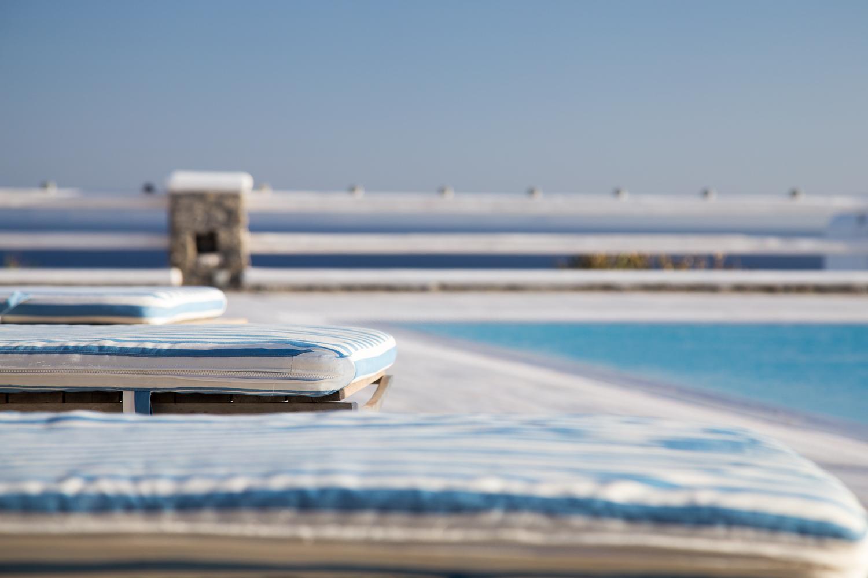 φωτογράφιση πισίνας σε σπίτι στη Μύκονο