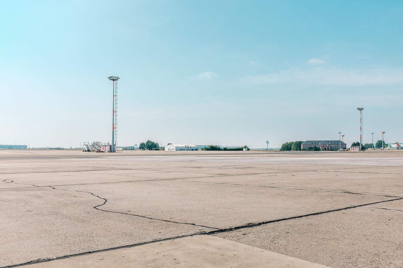 Φωτογραφία του αεροδιαδρόμου στο αεροδρόμιο του Βερολίνου.