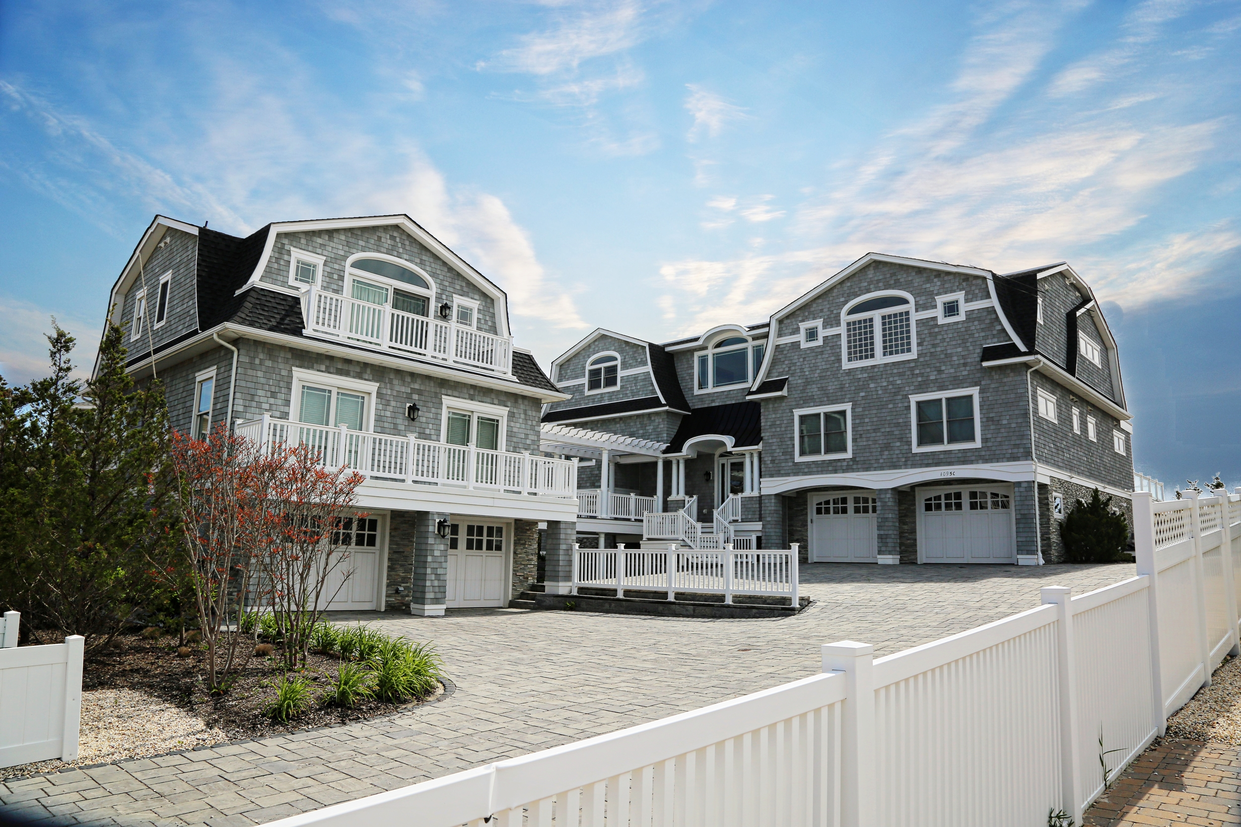 OUR GOAL IS TO DESIGN AND DEVELOP   LONG BEACH ISLAND'S     MOST EXCLUSIVE    PROPERTIES.    VIEW OUR PORTFOLIO