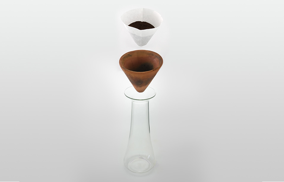 3_coffe dripper.jpg