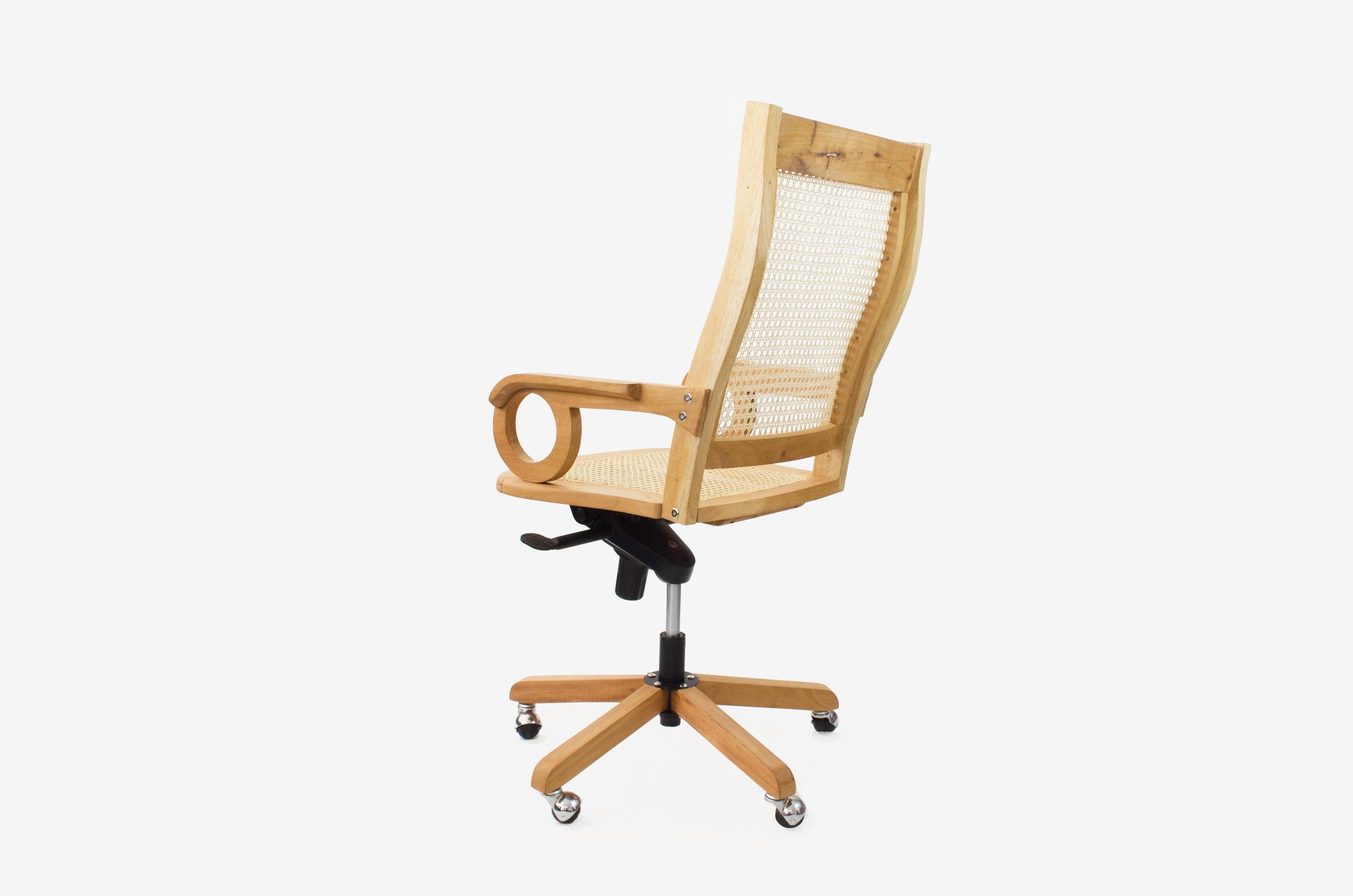 00_Standar Office Chair_04.jpg