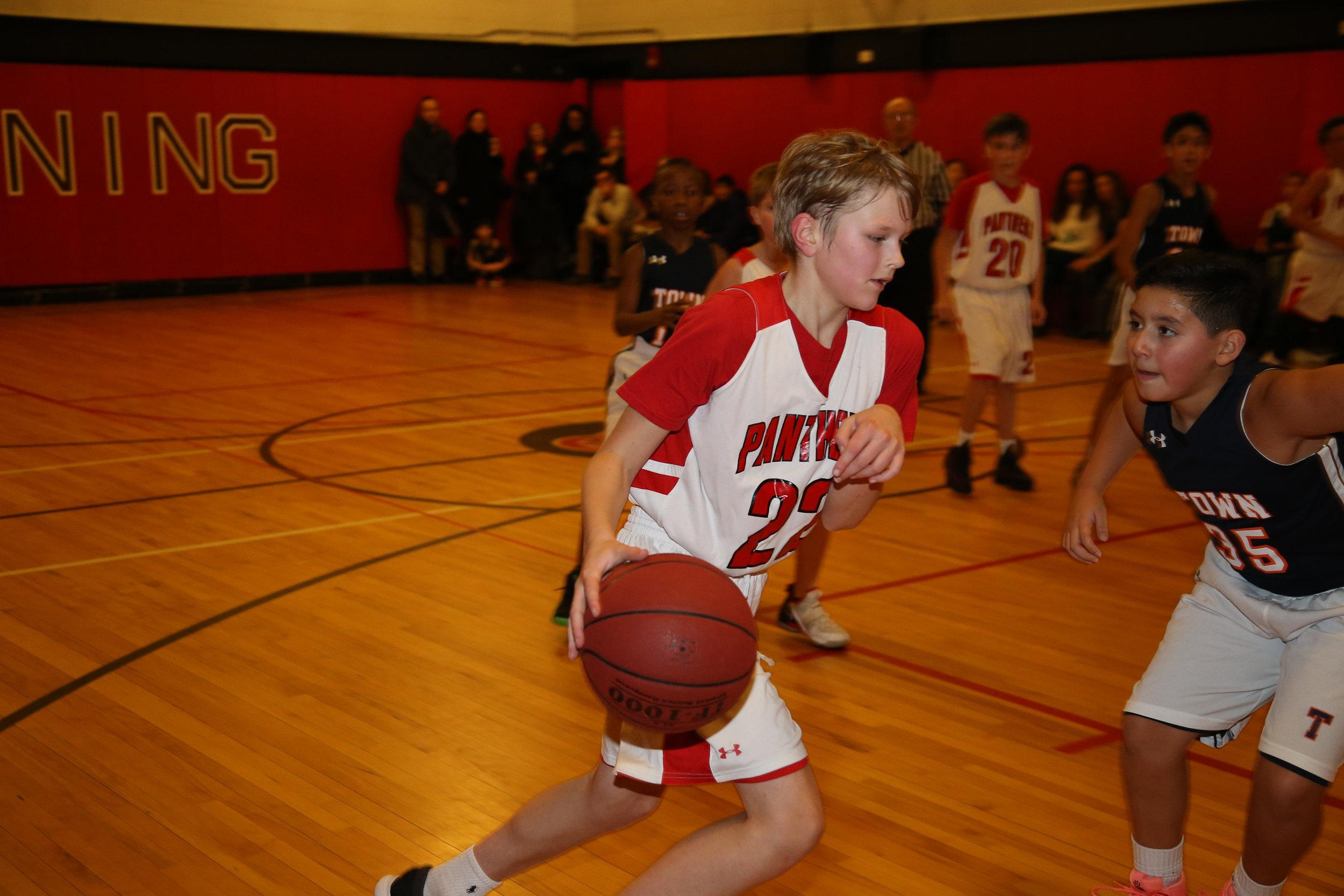 Browning 5 Basketball 010819-Al Pereira (79).JPG