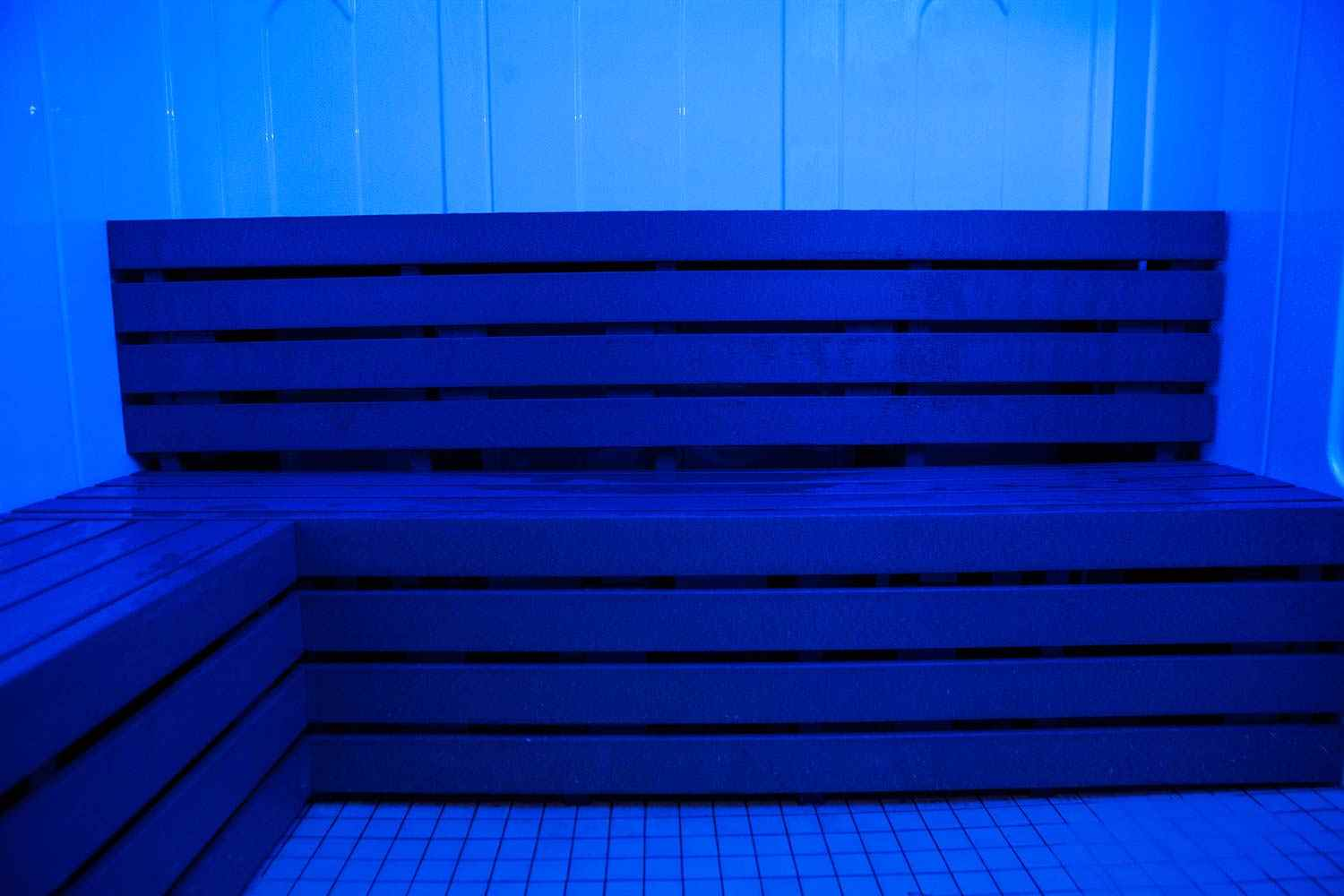 advanced-hybrid-steam-room-benches-wide-