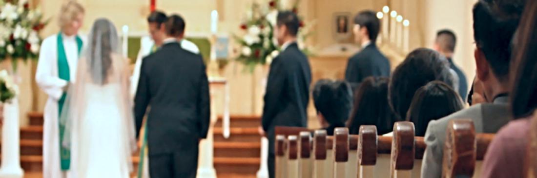 Rev. Elizabeth Ekdale officiates at St. Mark's wedding