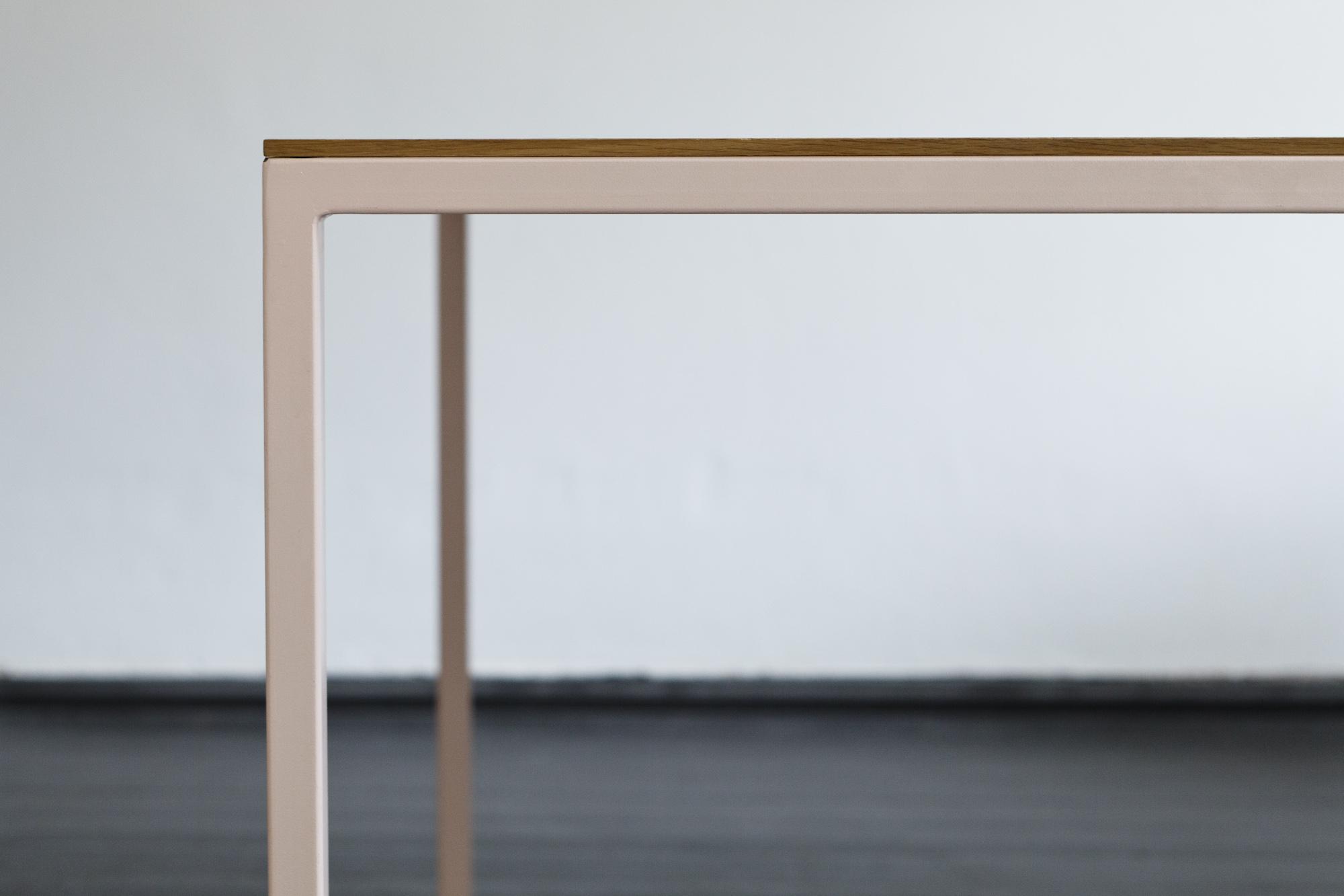 table-tib-so-hme-6231.jpg