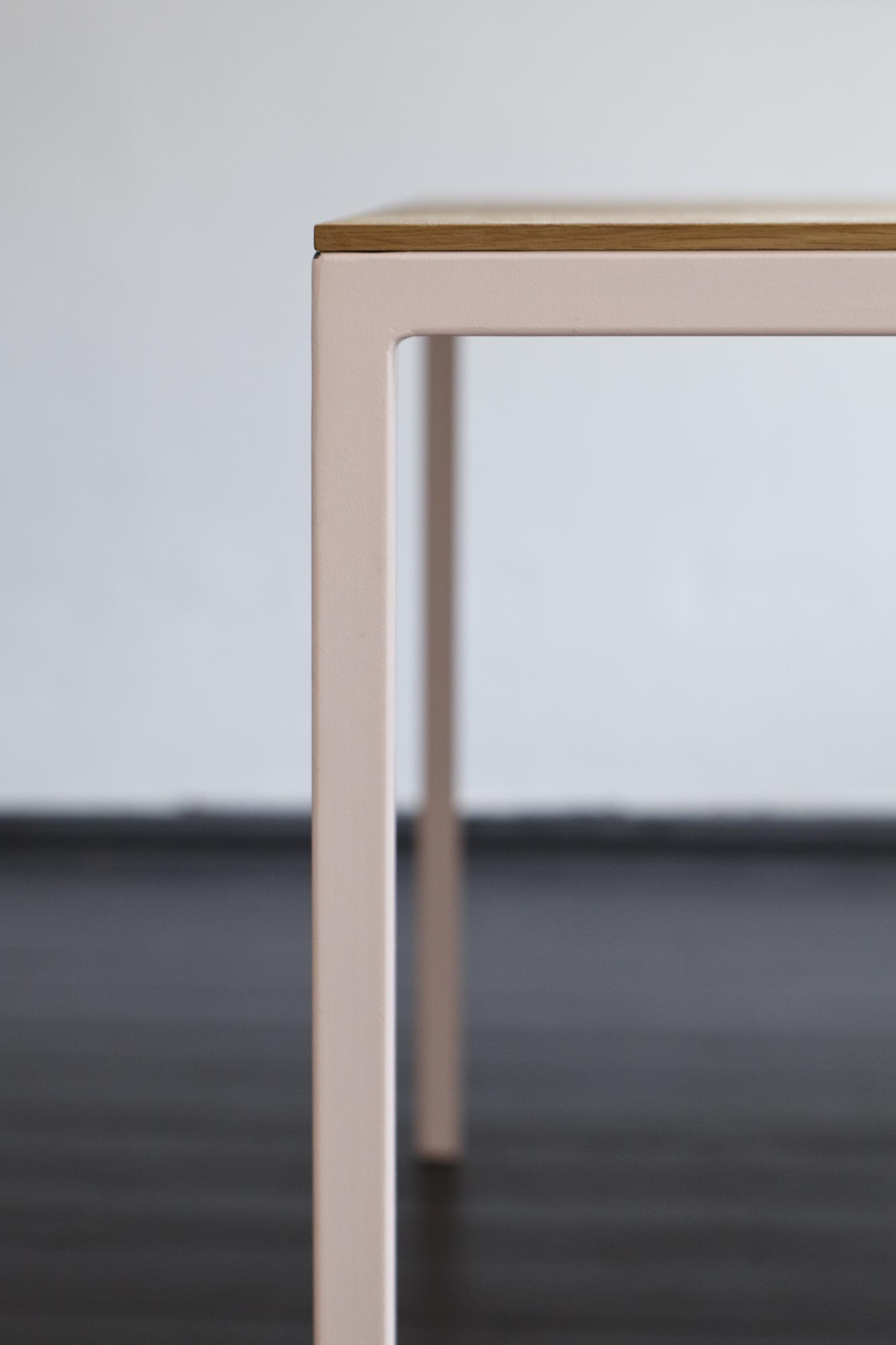 table-tib-so-hme-6236.jpg