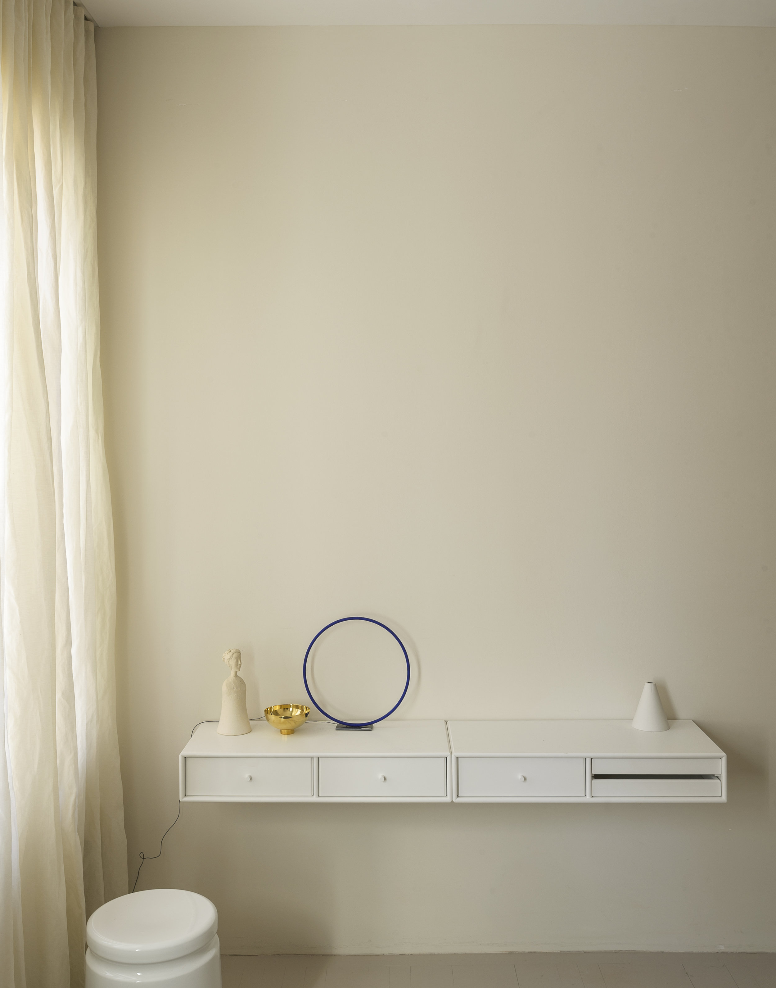 Photography  Matthew Williams   Styling  Alexa Hotz   for  Remodelista