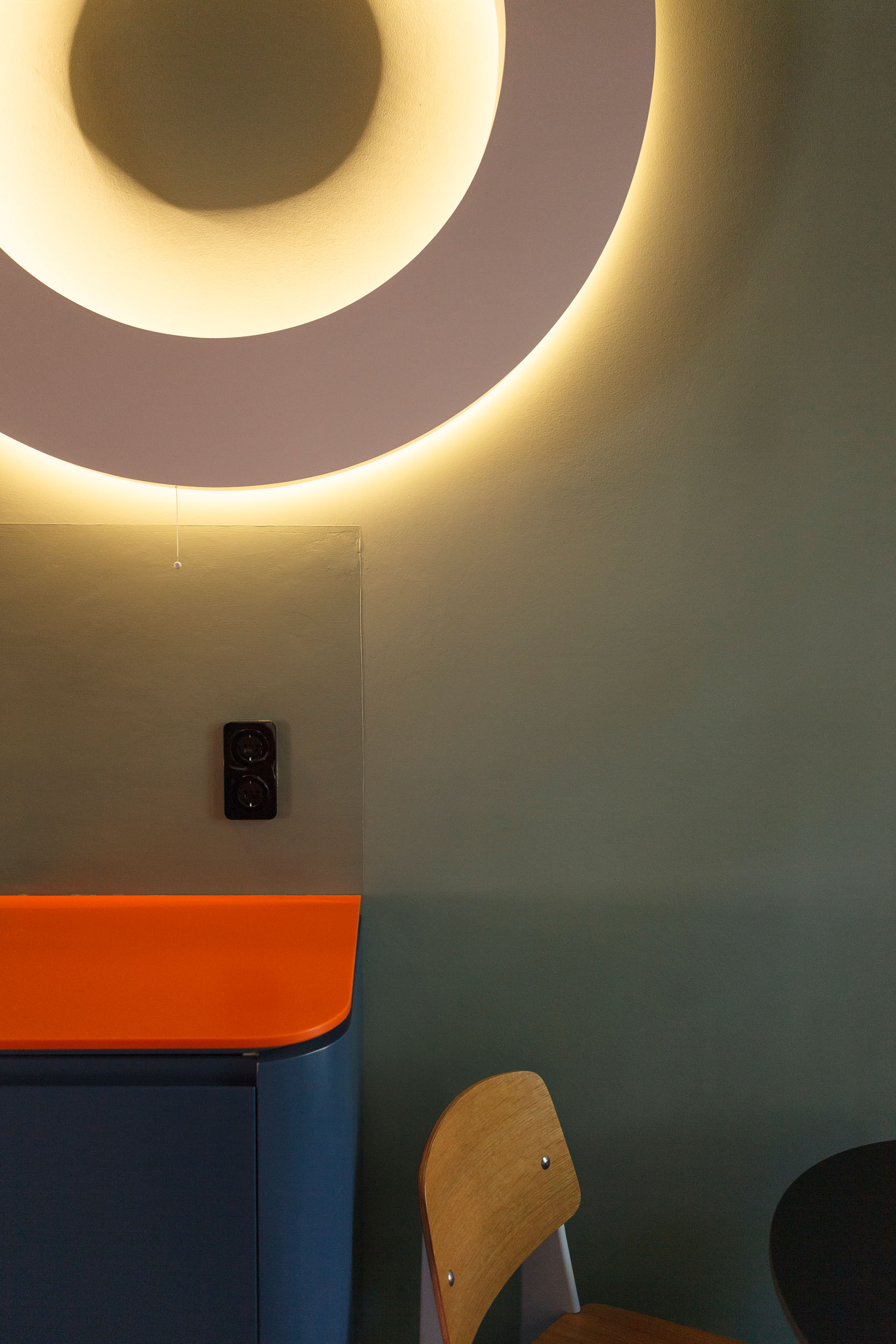 """KITCHEN HP FRANKFURT AM MAIN  included wall light """"Contour"""" of STUDIO OINK"""