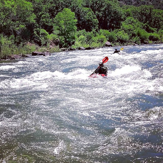 Safety kayakers never get photo love!! Day 35!! #yestoadventure #supyes #shaboomee #100daysonaSUP
