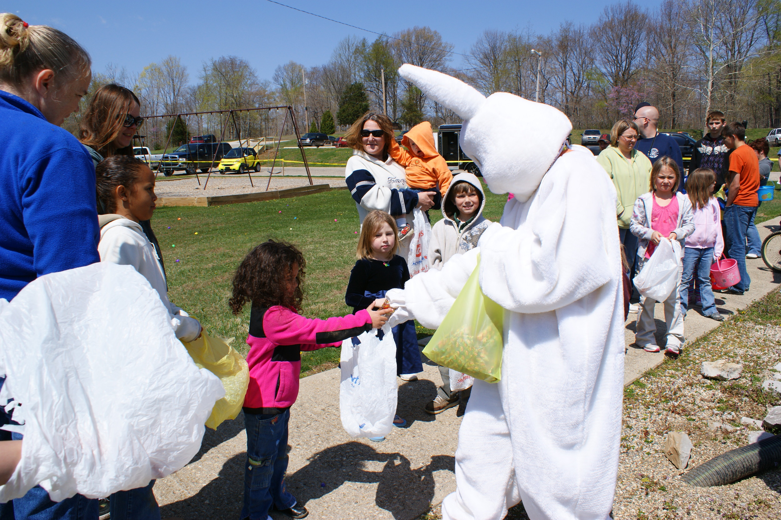 Peter Cottontail passing out candy to the kiddos!