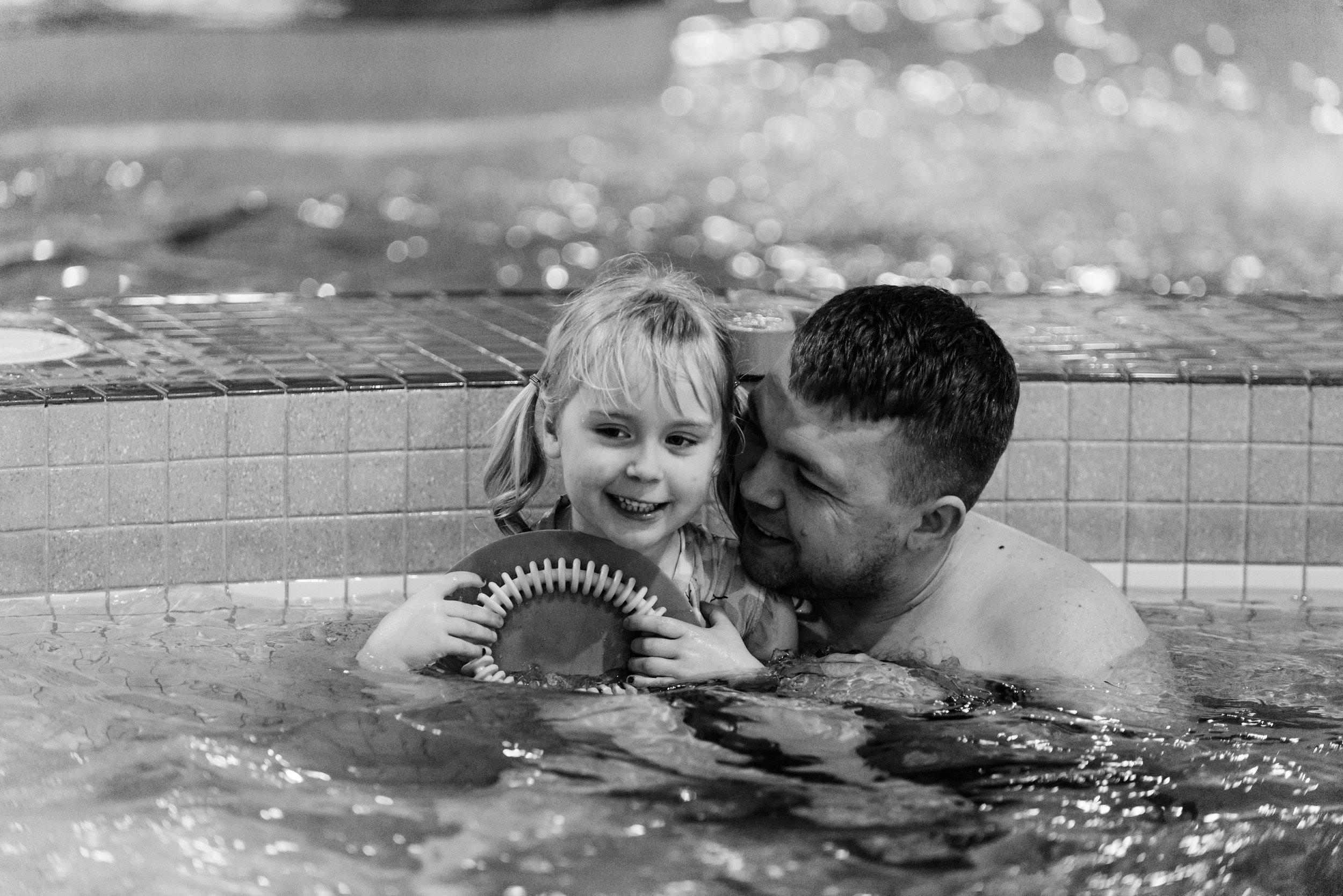 Nicola_Reiersen_Photography_Kids_Birthday_Pool_Party (4).jpg