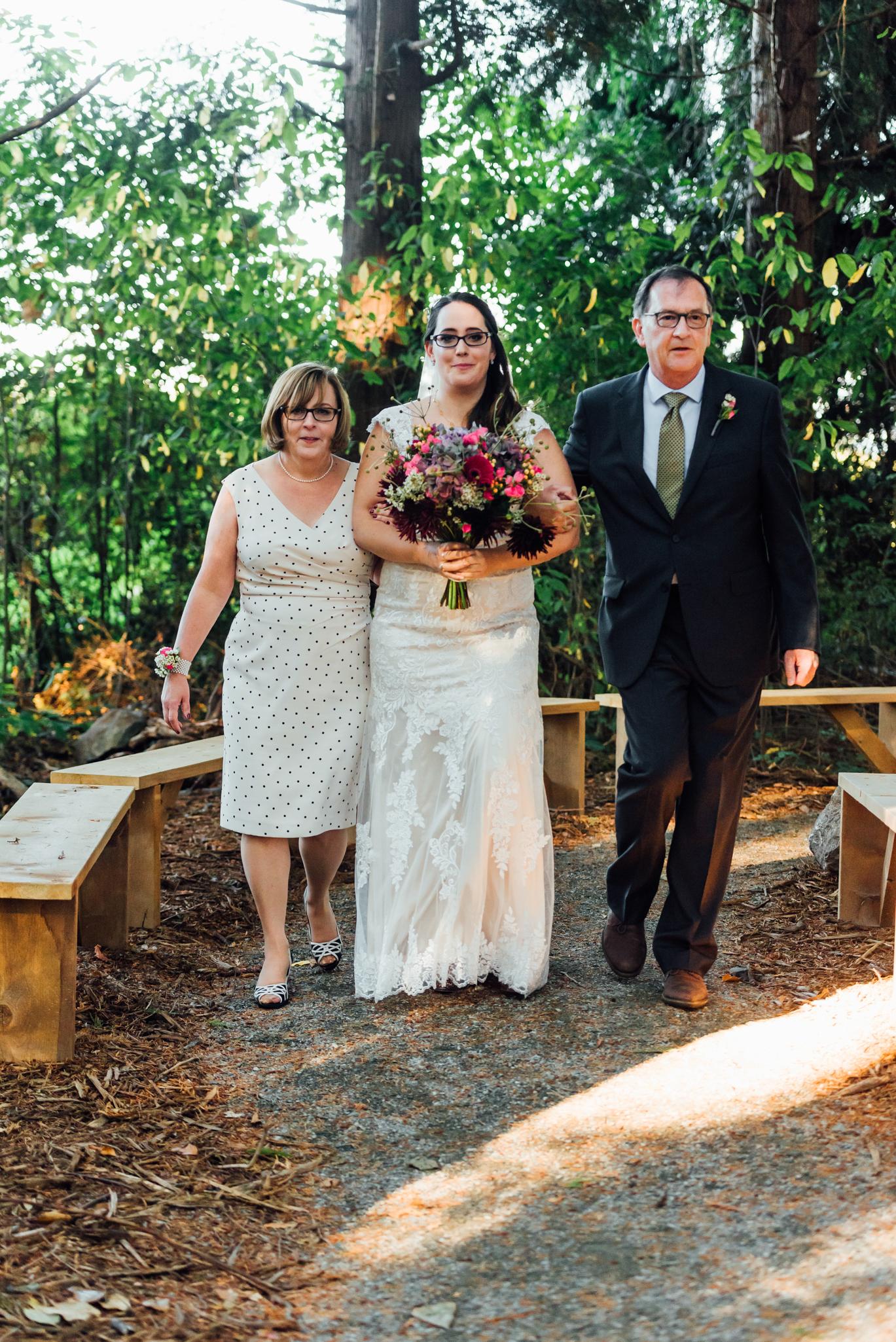 Nicola_Reiersen_Photography_Sea_Cider_Forest_Wedding (56).jpg