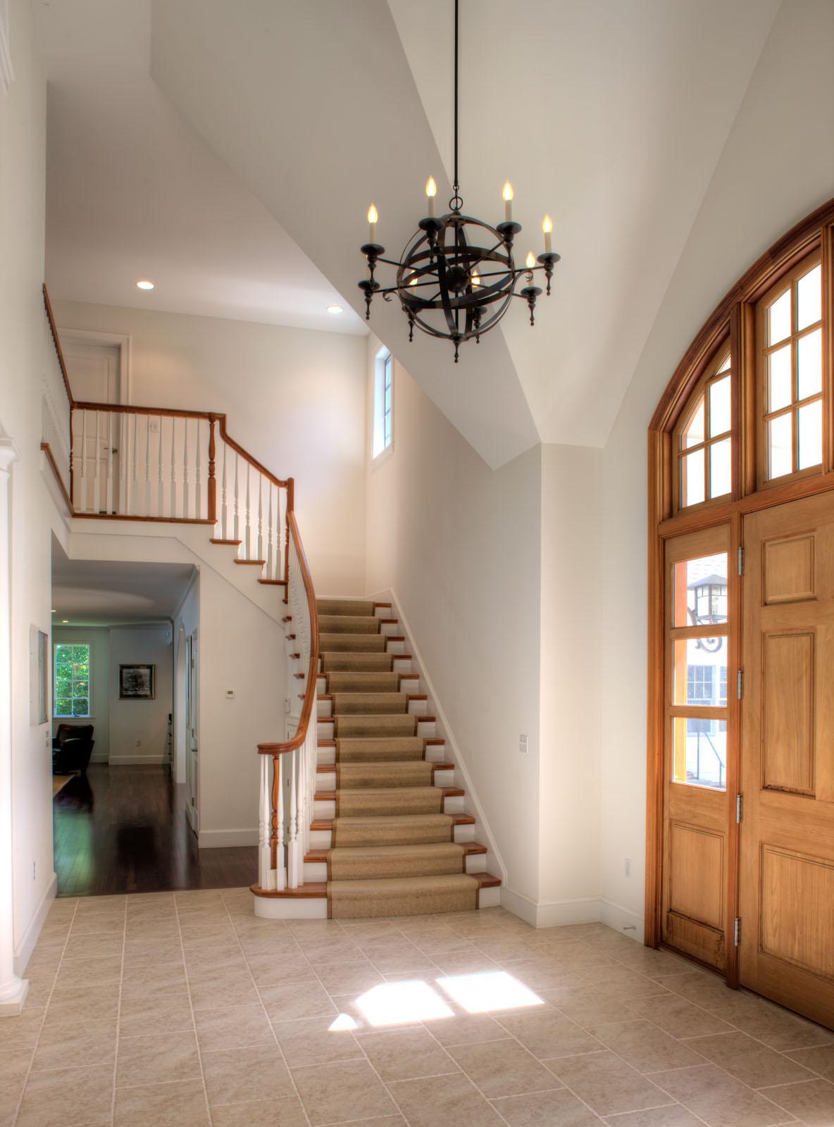 _U3R1172 Foyer.jpg