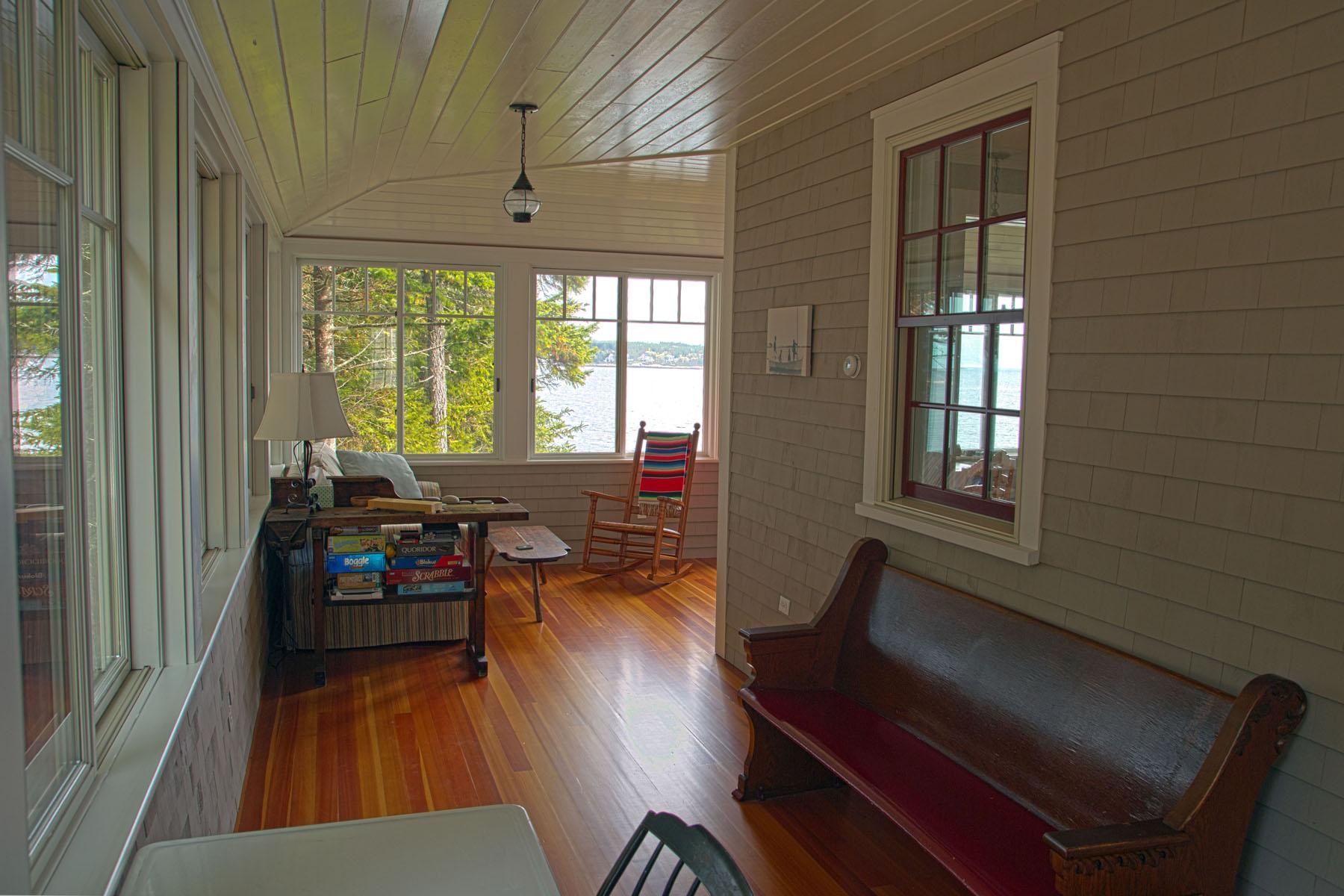 interior porch 3.jpg