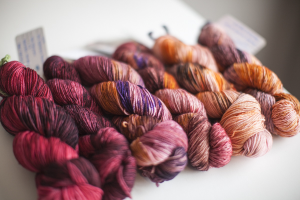 Colors (from left to right, one in each base): Spike, Gypsy, Pixie Dust.