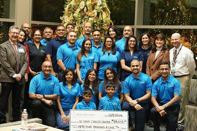 #TeamJags visited the UC Davis Comprehensive Cancer Center on 12/5/16 to donate the proceeds from the last #Golf and #Gala for #OvarianCancer. Thank you to all of our sponsors and guests who continue to help us raise money to find a cure for this deadly disease.