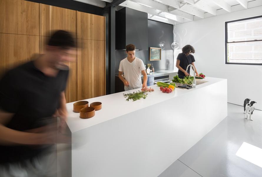 Atelier-Moderno_Le-205_1.4_©-Stéphane-Groleau_02.jpg