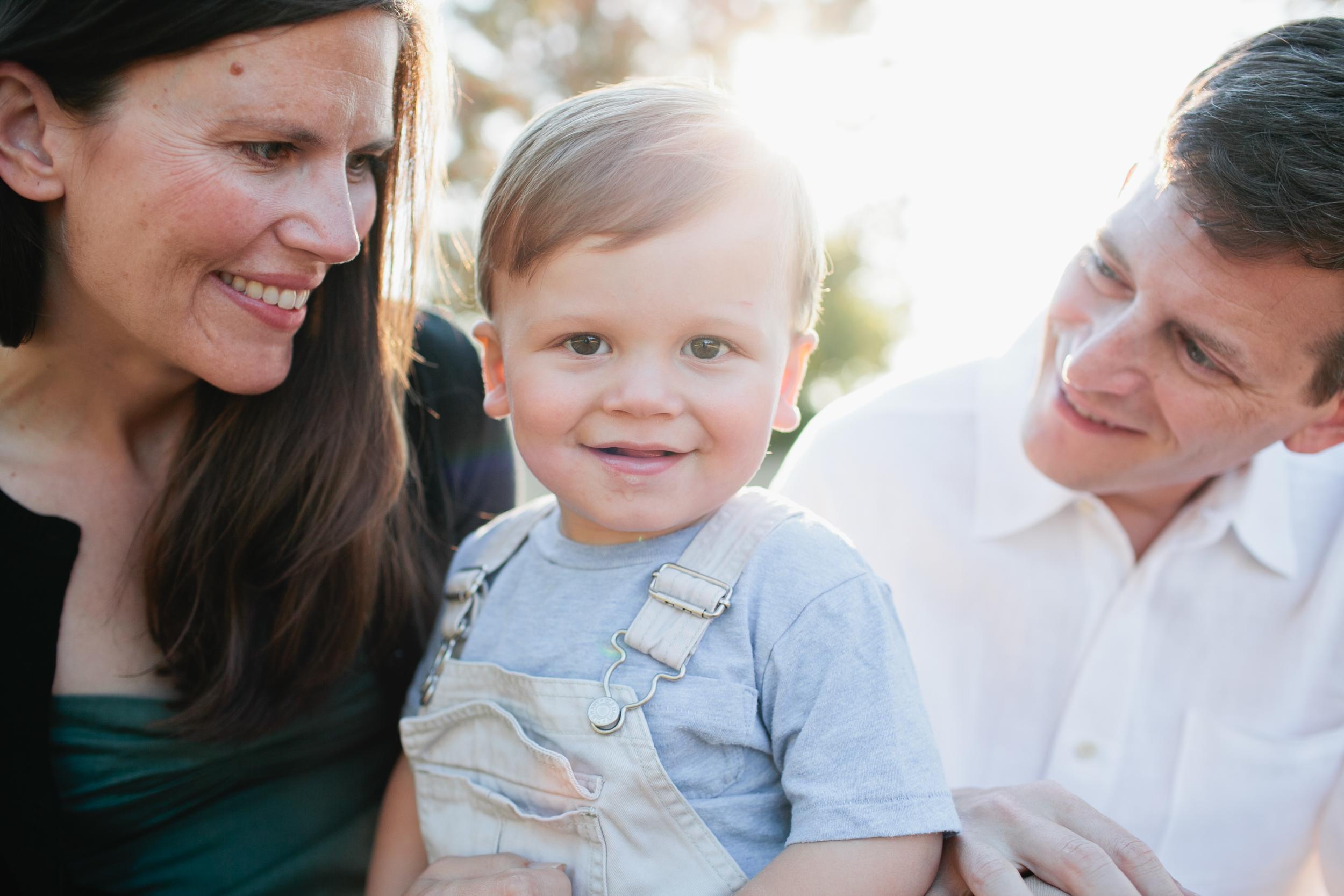 Danielle, Greg & Quinn Discovery Park Family Photoshttp://gabrielboone.com