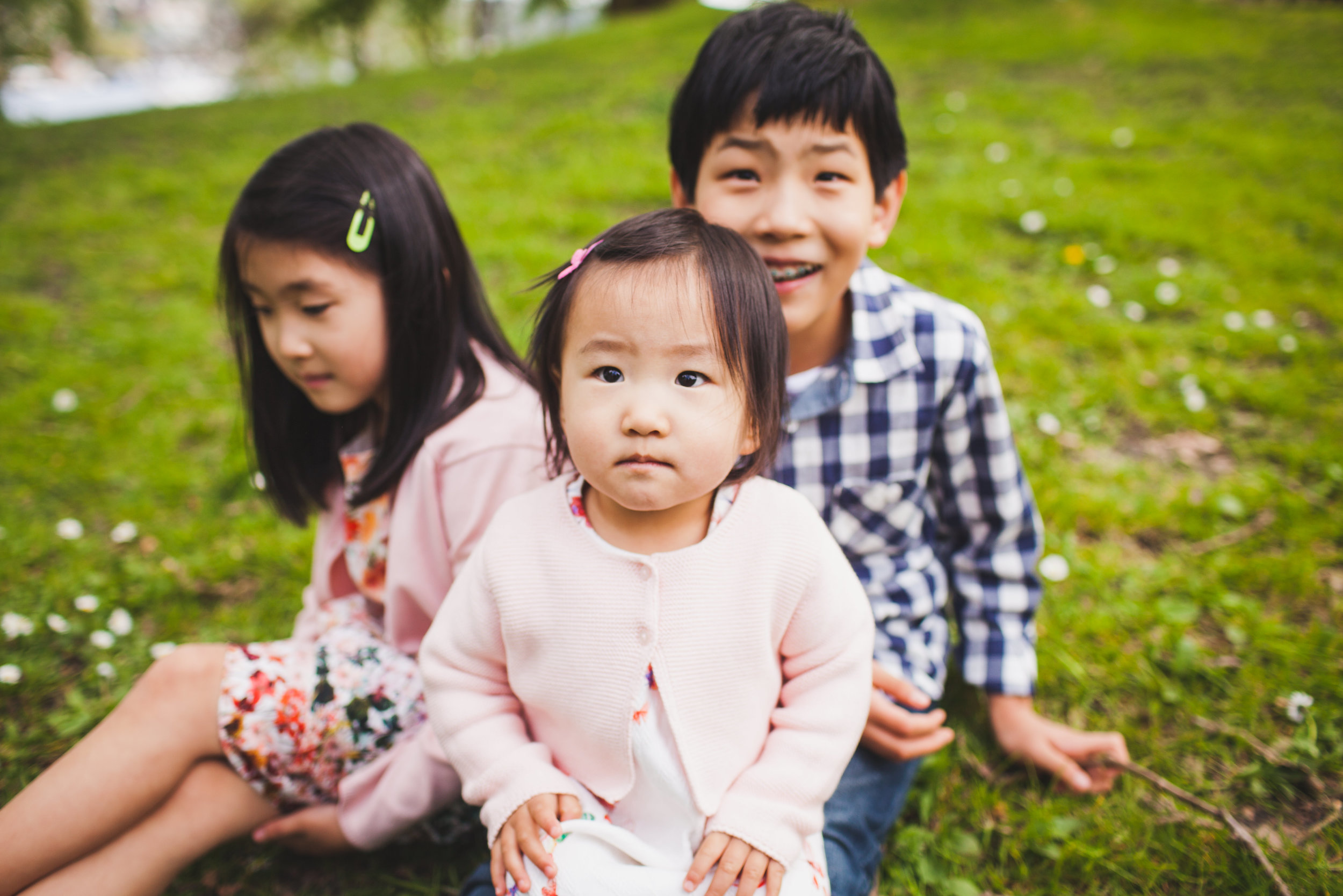 Family Photo Session, Spring 2016 at Gas Works Park in Seattle, WA. Photos by Gabe Rodriguez of Gabriel Boone Photography.