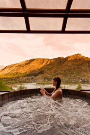 Five Luxury Experiences in Queenstown.     A pick of five Queenstown activities that have the right amount of luxury and adventure, combined with serenity.