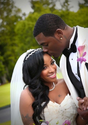 15 Awesome Wedding Hairstyles For Black Woman.    Perfect looks for your hair on your wedding day.