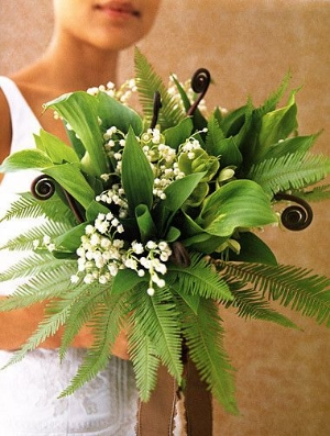 The Green Bridal Bouquet.    Beautiful eco-friendly bouquets that are different and easy to make yourself.