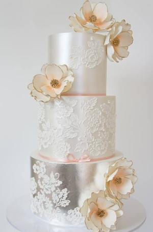 Jaw-Dropping Gorgeous Wedding Cake Inspiration  .  Some seriously amazing looking cakes.