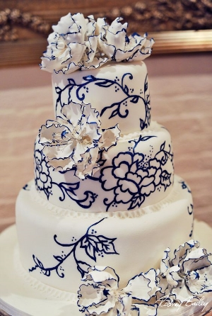 Spoil Your Guests With These Incredible Wedding Cakes.    Make a statement with your wedding cake.