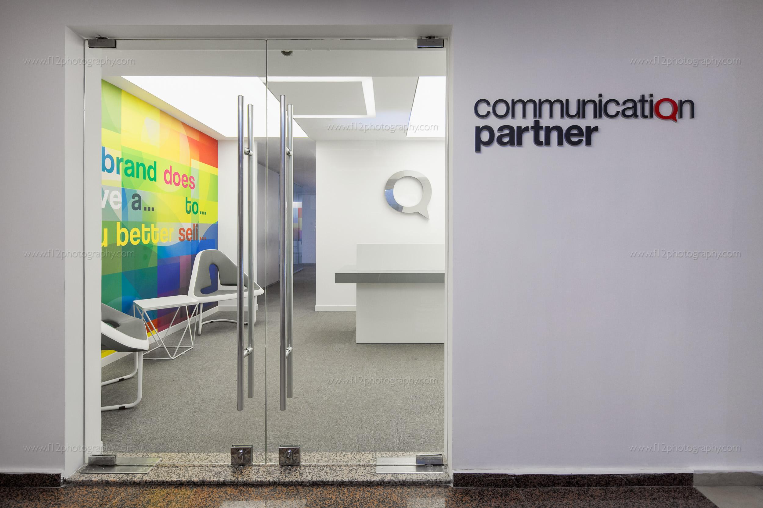 f12-CommunicationPartner-17.jpg