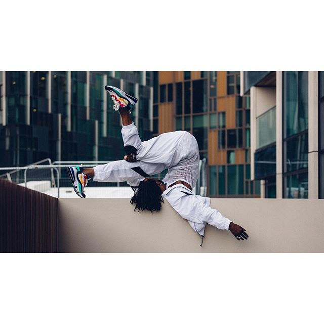 inspired by #architecture movements: @ivanblackstock  styling: @maas_dust  #london #streetculture #dance