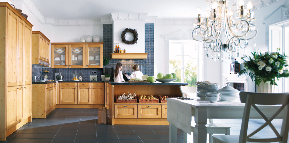 trad kitchen.jpg