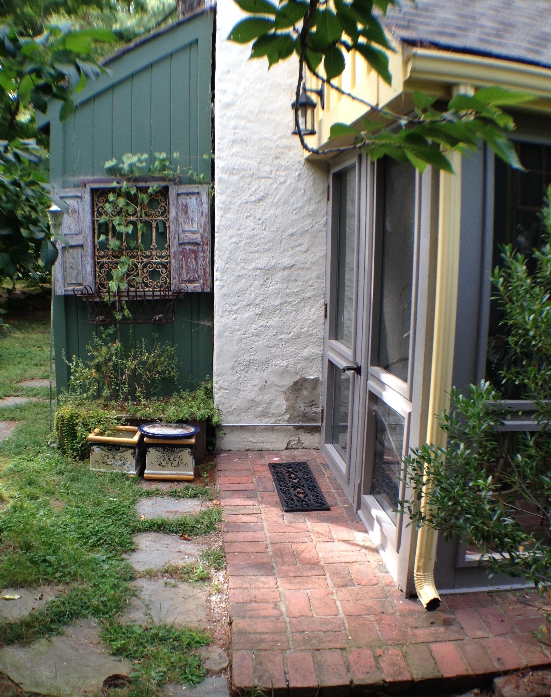 Exterior View #8