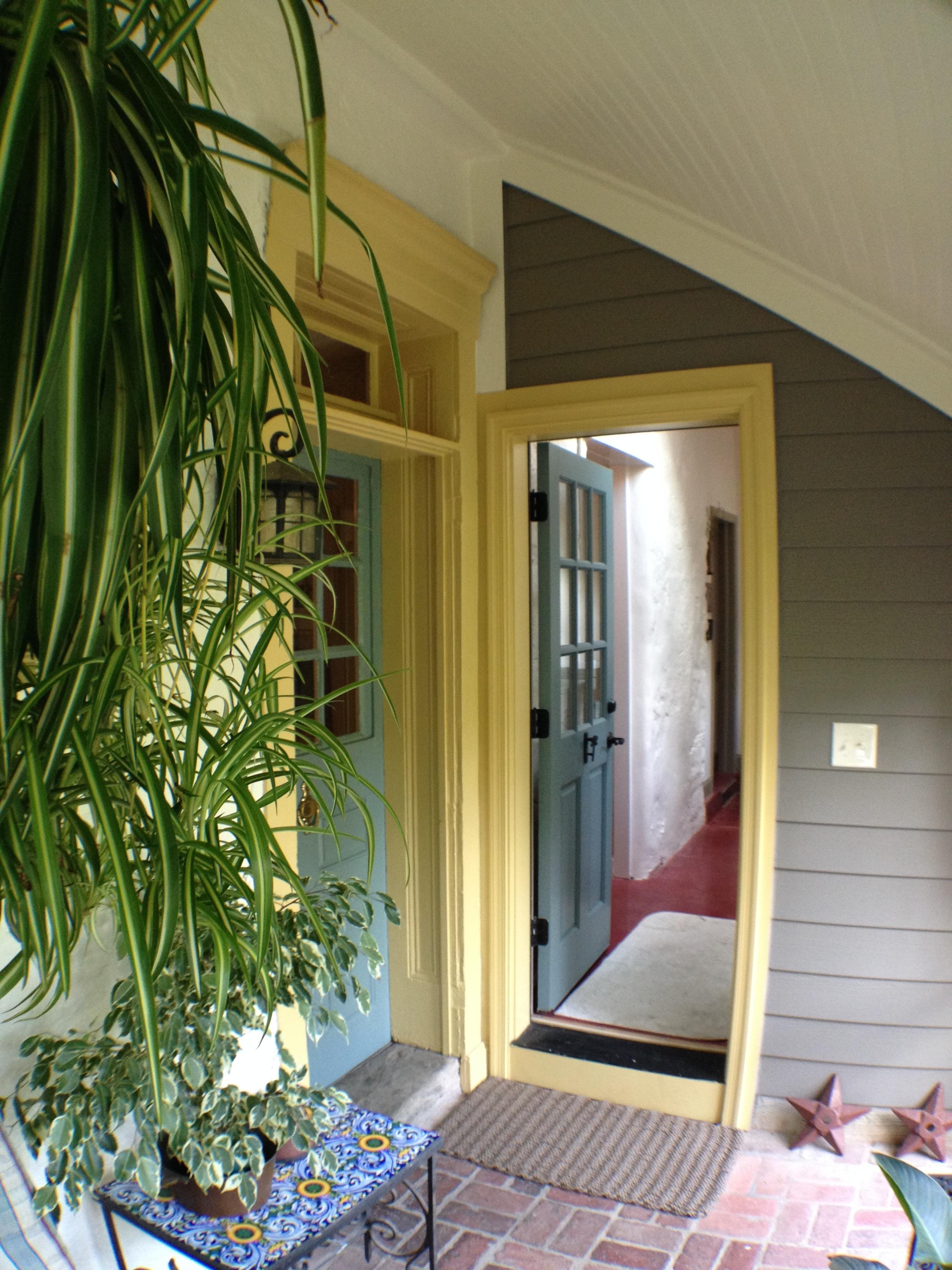 Porch07.jpg