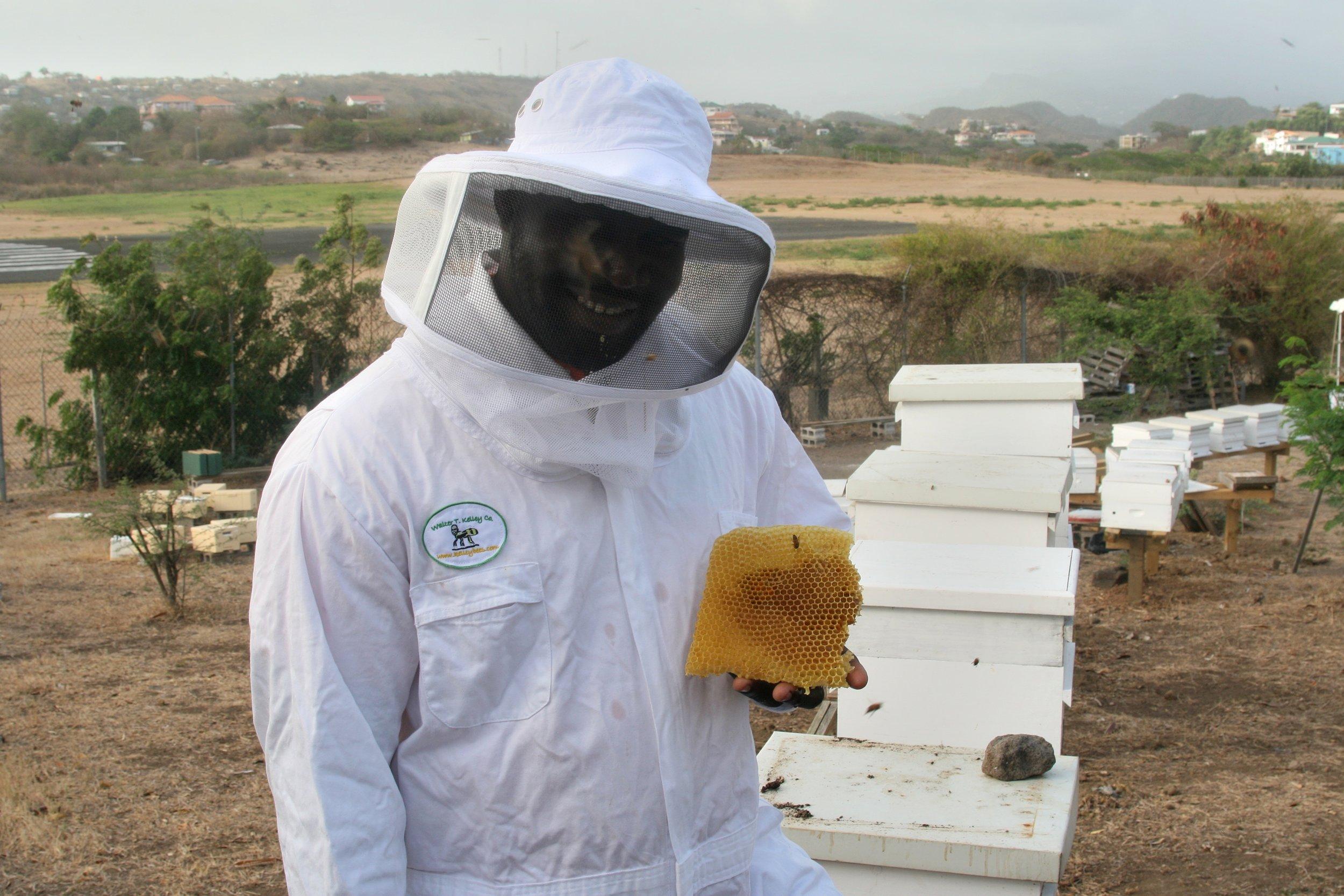 Grenada Beekeeping Workshop Guy Honeycomb.jpg