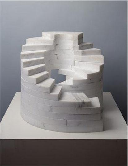 Slide Mantra 1966-1985 Carrara Marble