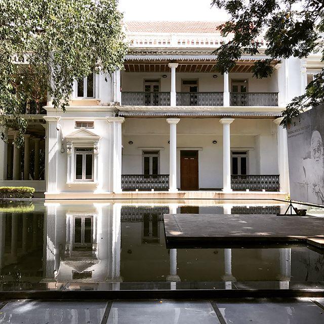 The amazing National Gallery of Modern Art, Bangalore!