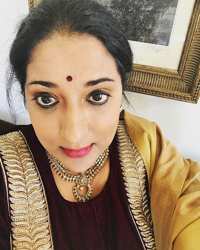 My first selfie in a long time!! Ready for my niece's Mehendi ceremony in Maryland!! It's an #IndianSummer #indianwedding