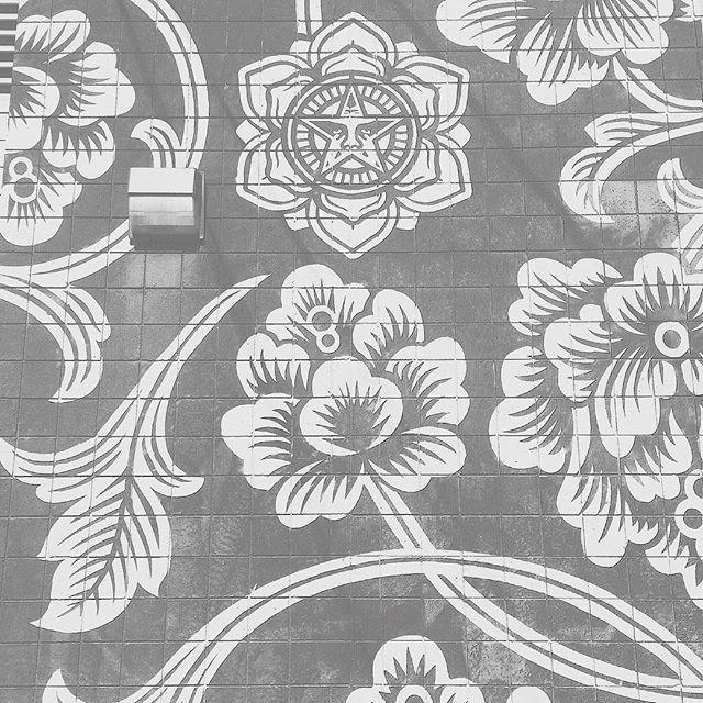 #obey #art #flowers #floral #pattern #street #brick #wall #painted #wallart #street #streetart #artsy #losangeles