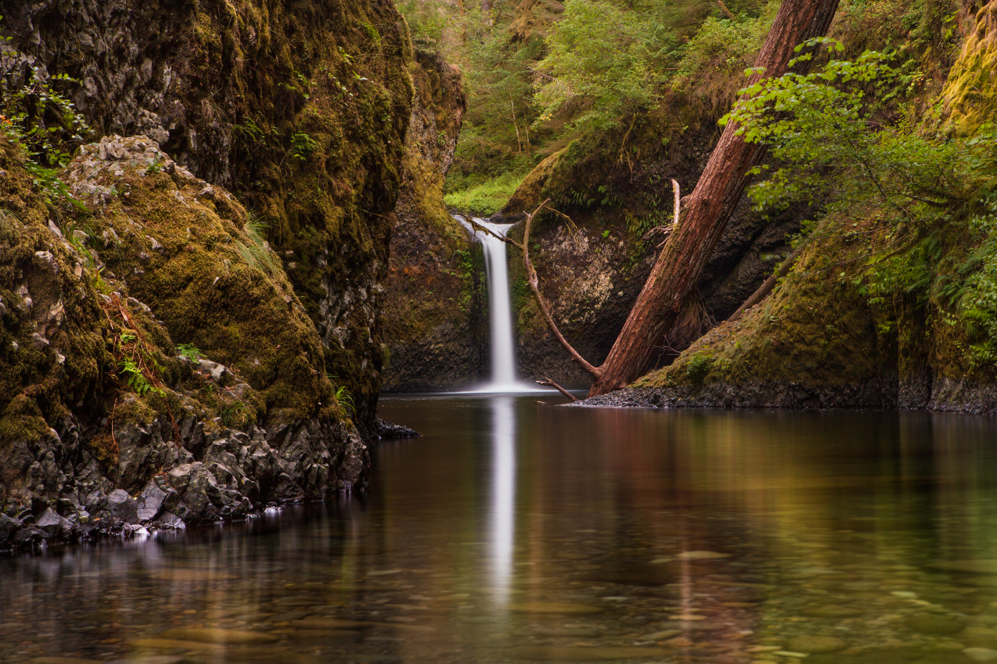 Long Exposure of Upper Punchbowl Falls