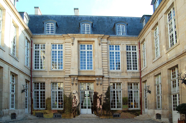 outside museum1.jpg