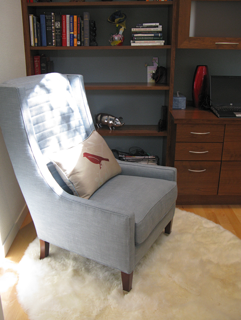 Office - chair & custom pillow