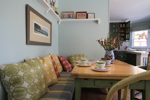Family room - casual dining