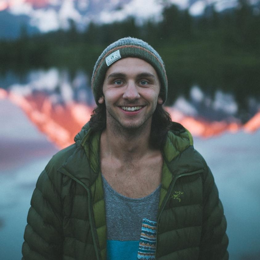 Braedin Toth - @braedinVideographer &Creative Director of Toth Media