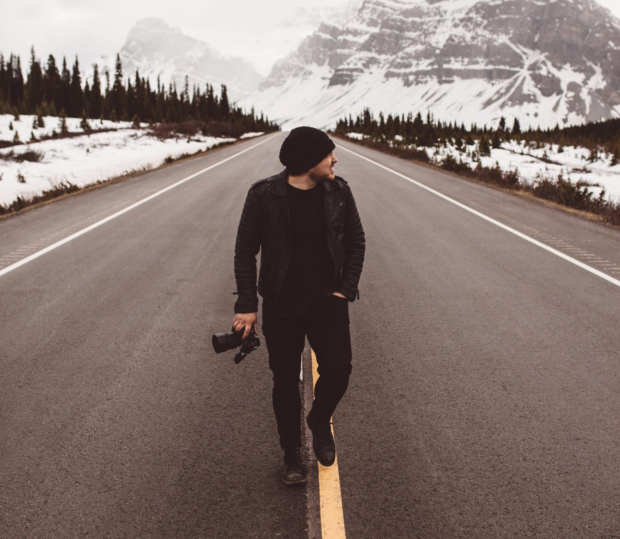 Tanner Stewart - @tannerwendellEmmy Award Winning Photographer