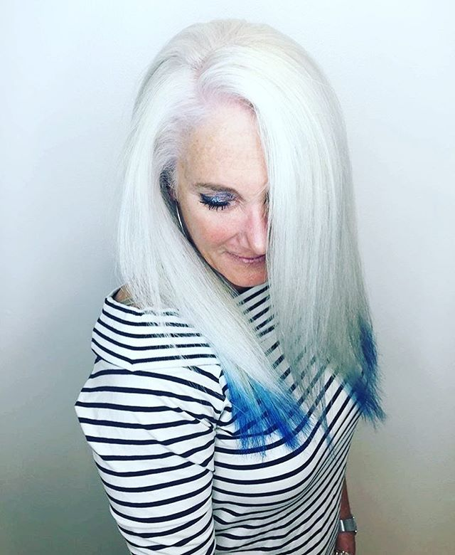 It's ok to be punk rock at any age ! By talented @shinesalondanapoint  Stylist @rachaeloldfieldhair . #danapoint #danapointhairsalon #ochairstylist #beachhair #punkrock